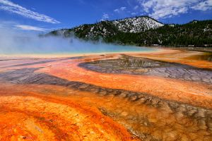 Grand Prismatic boardwalk view.jpg